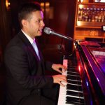 Bill Parton (The Party Man) - Singing Pianist
